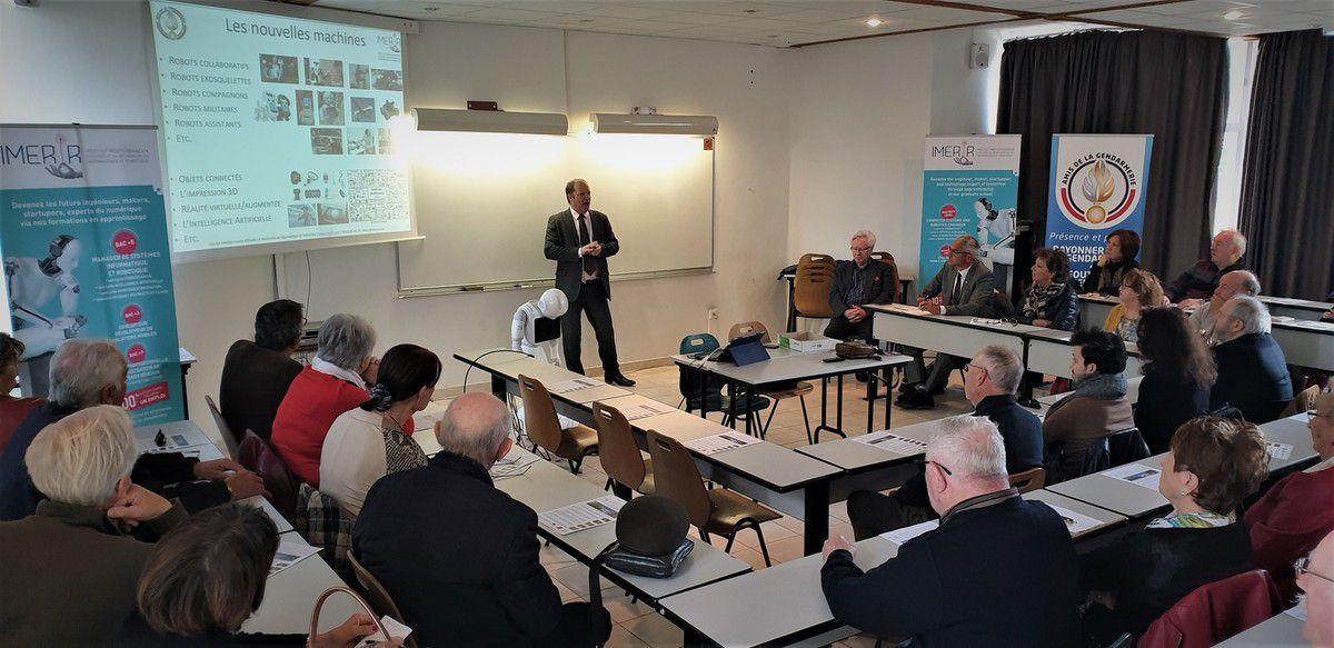 Voyage vers le futur pour l'association des amis de la gendarmerie
