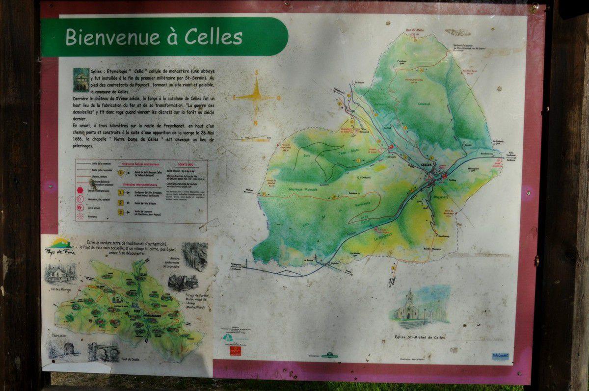 Le plan à l'entrée du village.