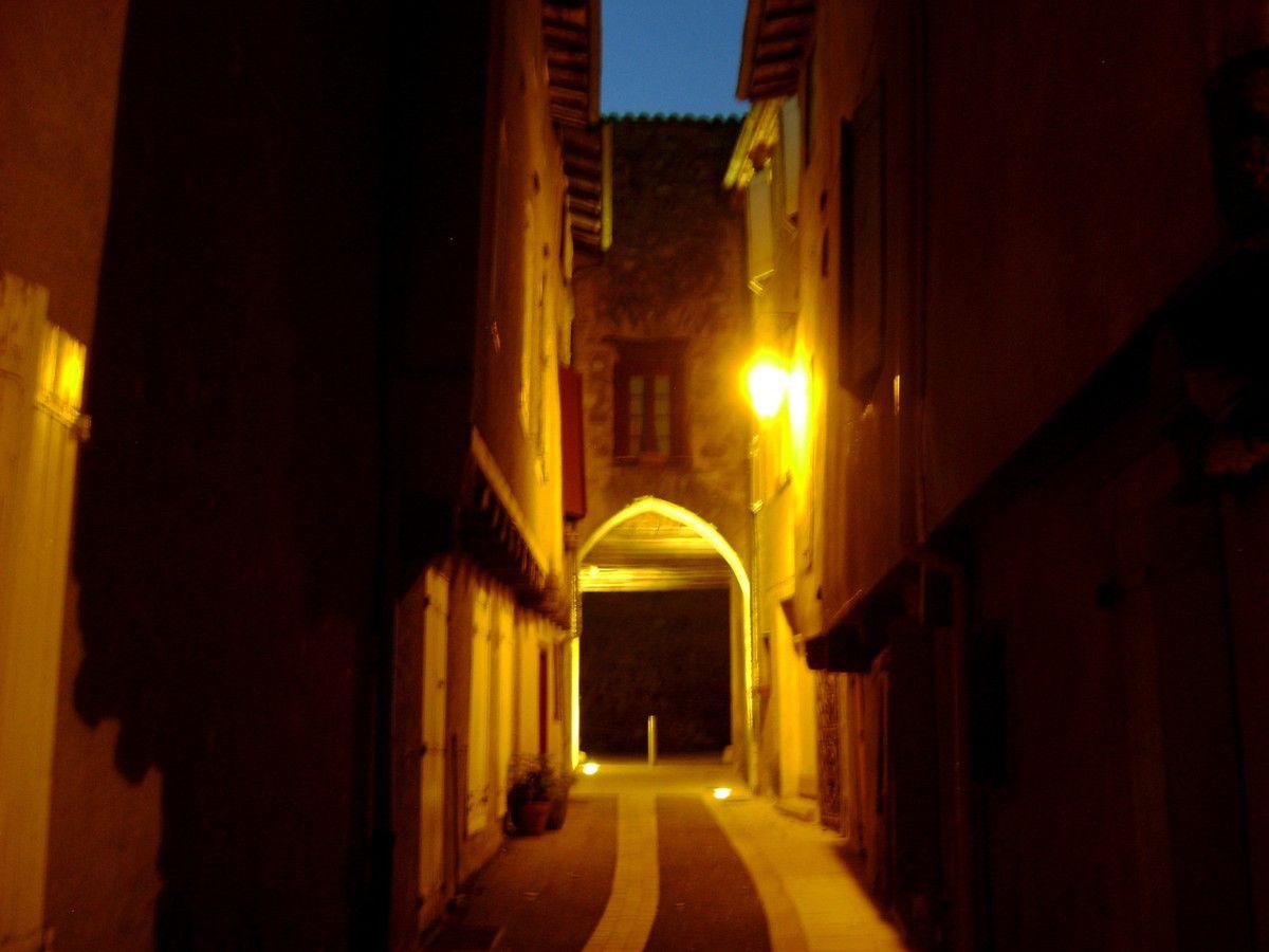 Passage dans les petites rues