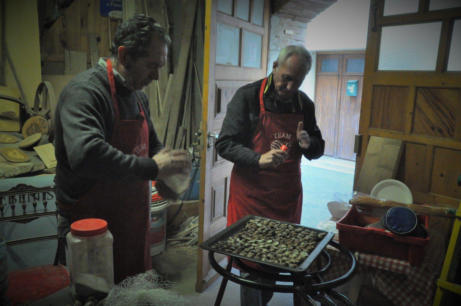 Le Team Cargols en cuisine.