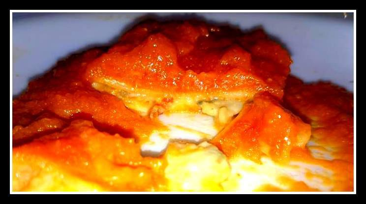 Canelones rellenos de marisco con salsa americana