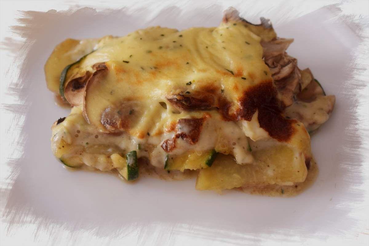 Pastel de patata, calabacin y champiñones gratinado