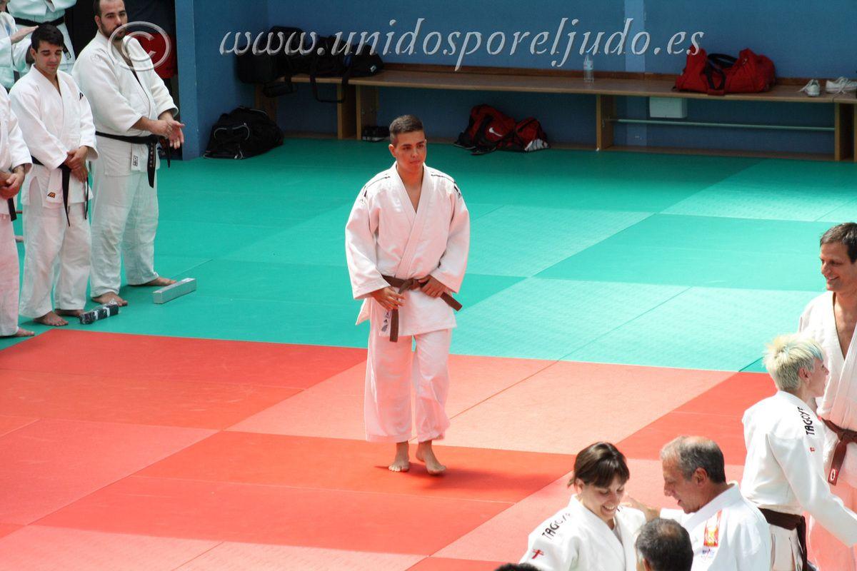 Nuevos exámenes a 1er Dan del Club  Carlos Arroyo