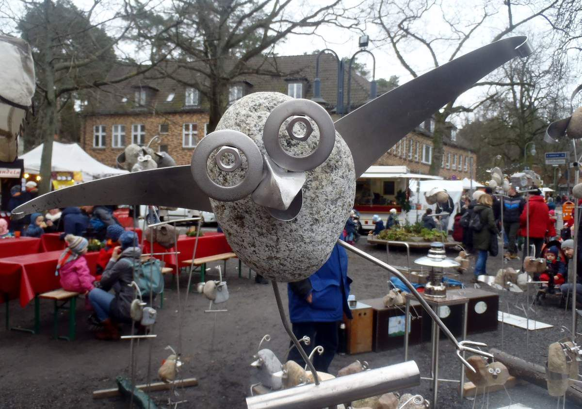 Auf dem Kunsthandwerkermarkt in Berlin -Frohnau