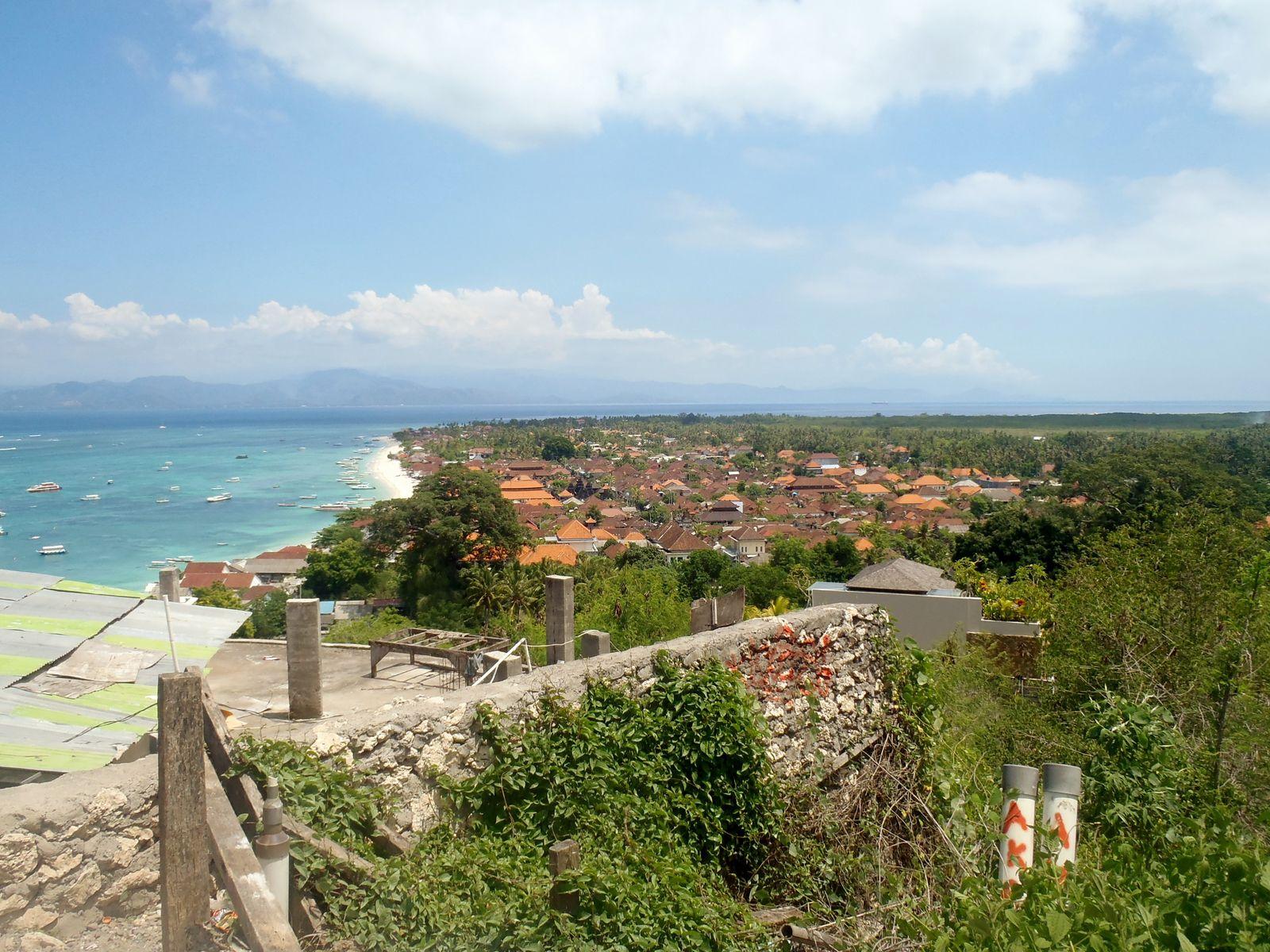 Panorama Point. View to Jungubatu Village.