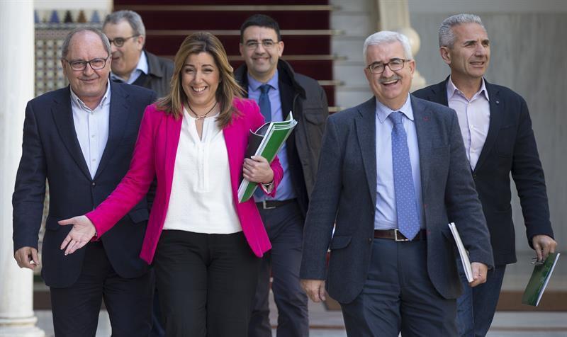 """ESPAÑA: El porcentaje de maleantes que hay en la Sanidad Andaluza es similar al de cualquier carcel española --  del 100% -- La responsable del desaguisado? """"Omaita"""" --  susana-la dinamitera -- Eso sí --por orden del """"andaluz-agitanado"""" felipe gonzalez -- Por cierto: las Federaciones socialistas de Madrid y Pais Vasco -- entre otras -- quieren poner en la """"puta calle"""" a """"susana-la dinamitera"""" -- continuará..."""