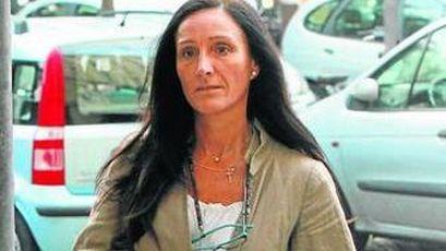 """ESPAÑA: La mafia socialista andaluza continua su camino delincuencial impunemente -- """"Tú te abstienes en la investidura de Mariano y yo 'desimputo' a Chaves y Griñán --  """"A las cucarachas no les gusta la luz"""" -- Y así mas de 30 años -- Malditos sean -- La PSOE pedirá explicaciones al ministro de justicia Catalá por el relevo de fiscales que luchan contra la corrupción -- Éste """"señorito"""" llegó a su cargo desde el negocio de las maquinas tragaperras -- Creo que con ésto está todo dicho -- ¡¡PUAFF!!"""