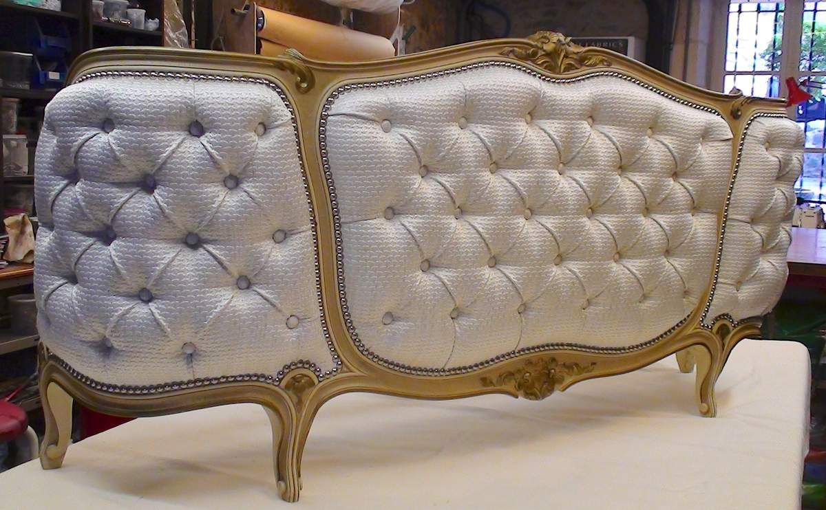 lit louis xv capitonn atelier hafner tapissier sellier. Black Bedroom Furniture Sets. Home Design Ideas