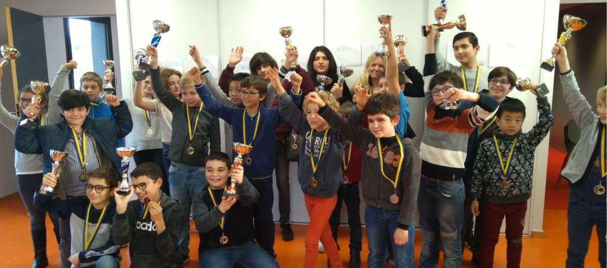 Les jeunes champions joueurs d'échecs du Pays de Brive pour une journée fraternelle