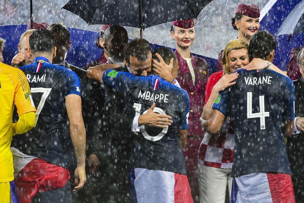 Les Bleus attendus aux Champs Elysées de Paris pour fêter leur victoire en Coupe du Monde de Foot 2018 en Russie