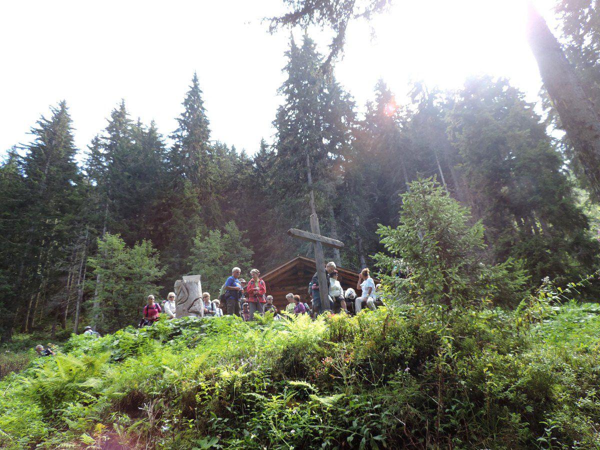 Randonnée à la Croix de Costes avec l'ADAPAR le 12.09.14