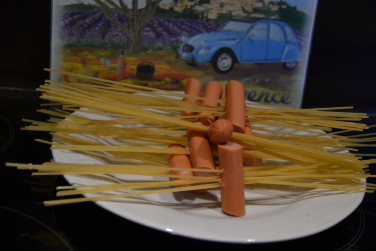 HOT DOG SPAGUETTIS