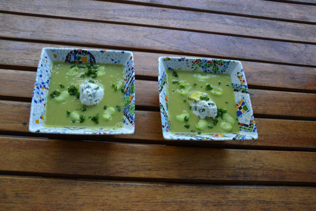 GASPACHO aux fèves et fromage frais