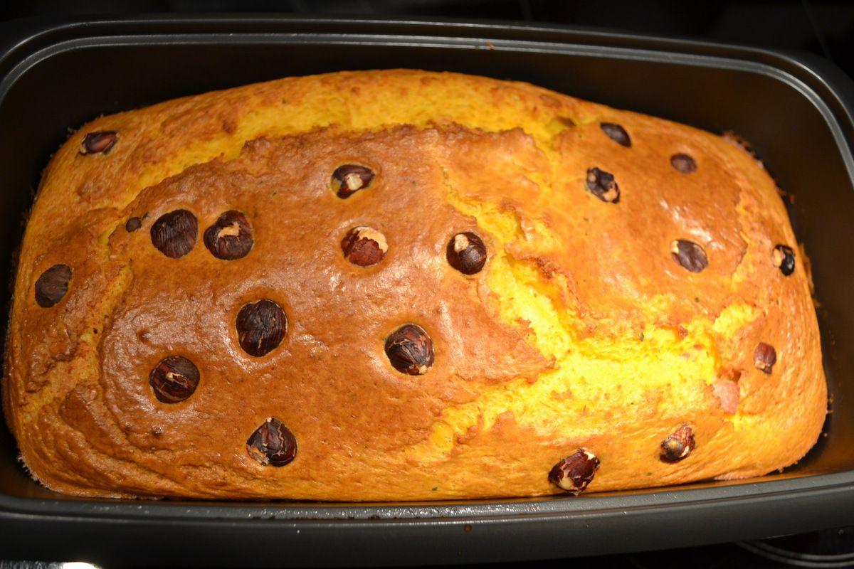 CAKE À LA COURGE et  aux 20 NOISETTES