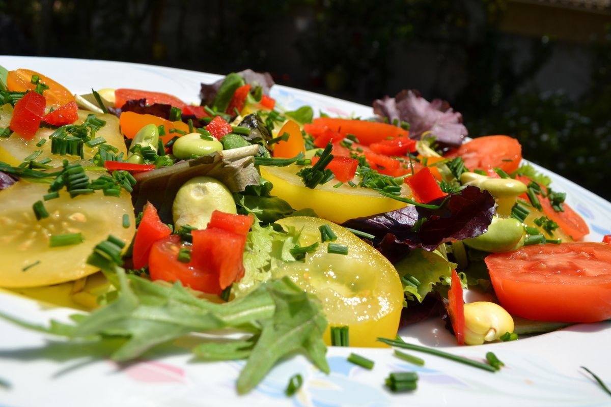 SALADE AUX TOMATES