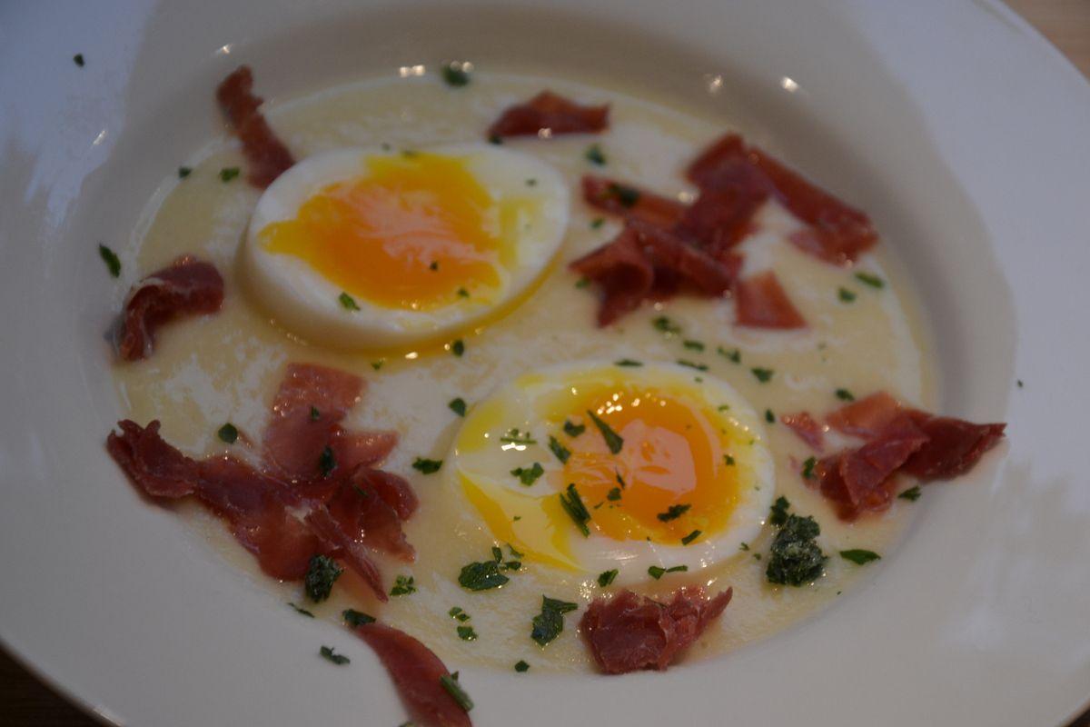 Crème d'artichaut aux œufs mollets 4💚1💙💜.
