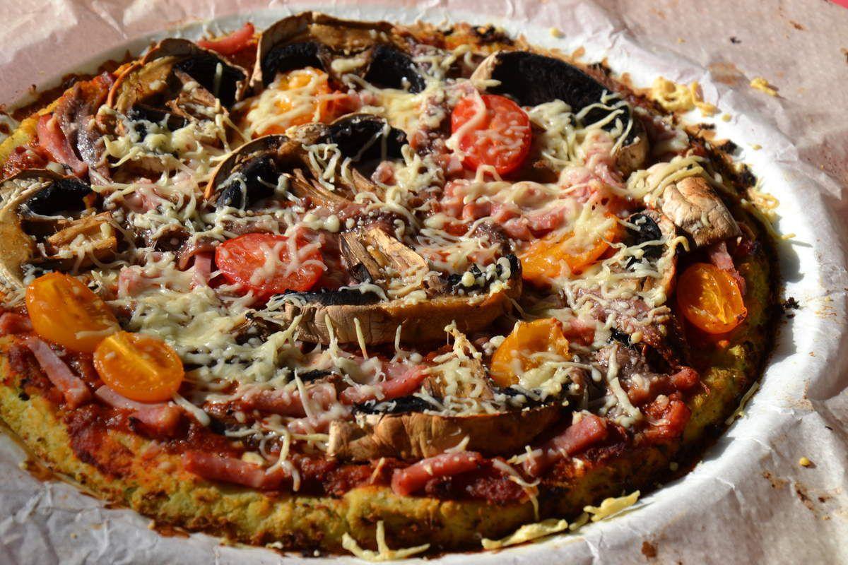 PIZZA AVEC PÂTE CHOU-FLEUR 3 💚 2 💙💜