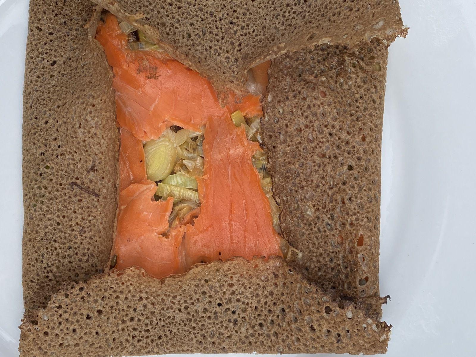 Galette fondue de poireaux & saumon   5 💚 3💙 💜