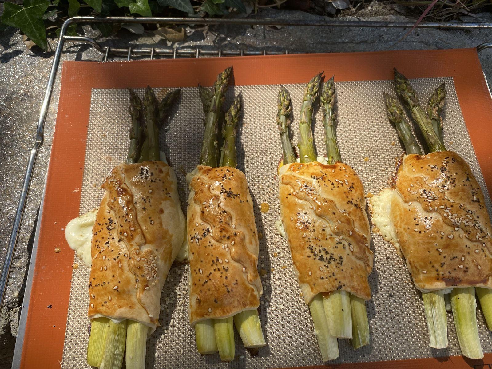 Feuilletés d'asperges au saumon 8💚5💙💜