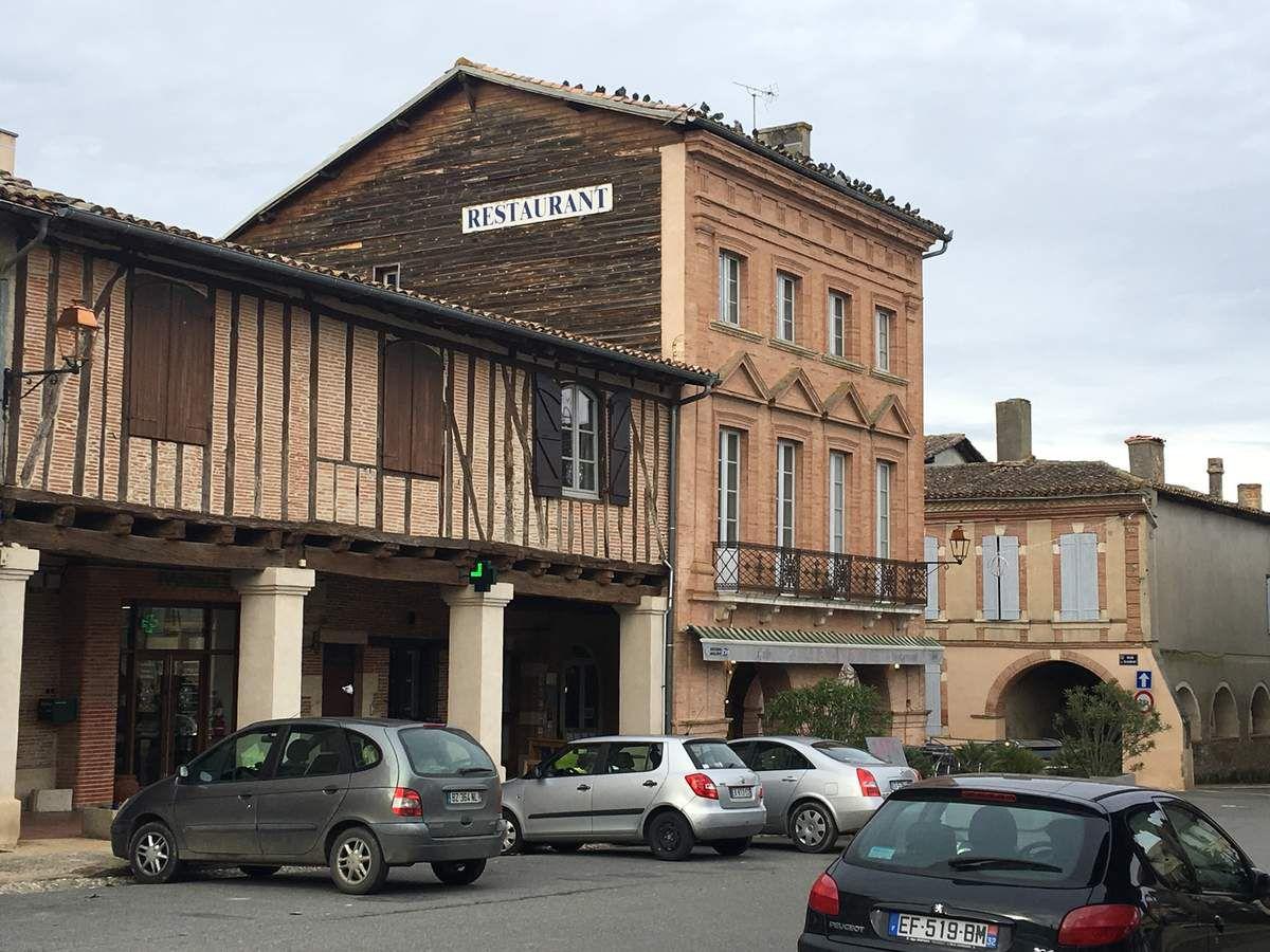COLOGNE - CAFÉ - BAR - RESTAURANT LE COMPTOIR DES COLIBRIS