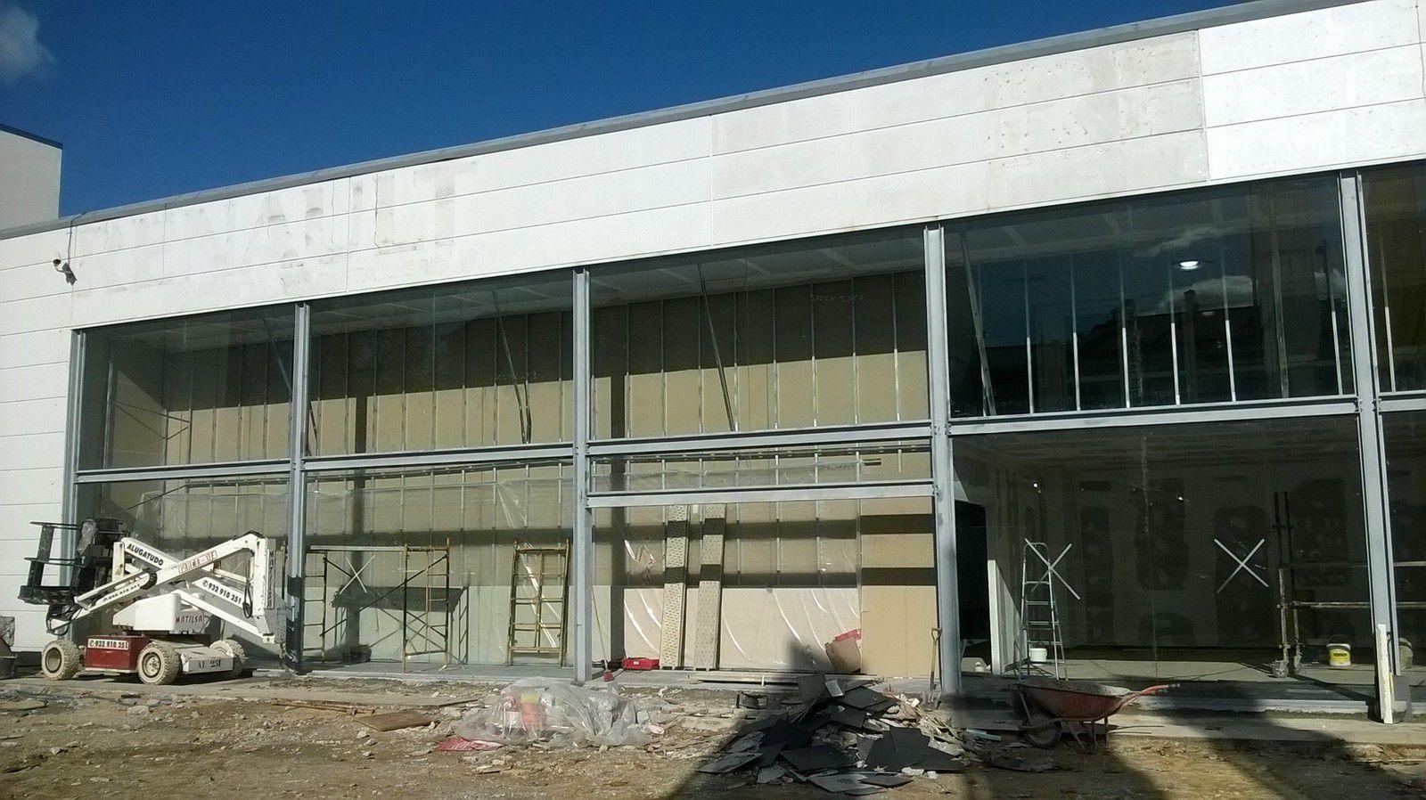 Métrés d'une coque vide pour implantation d'un show room automobile à Lisbonne