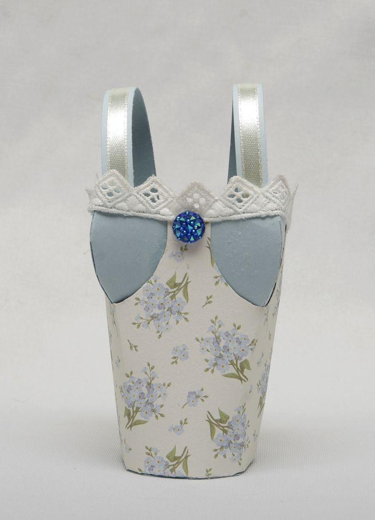 Petits corsets selon Bibikafeïne