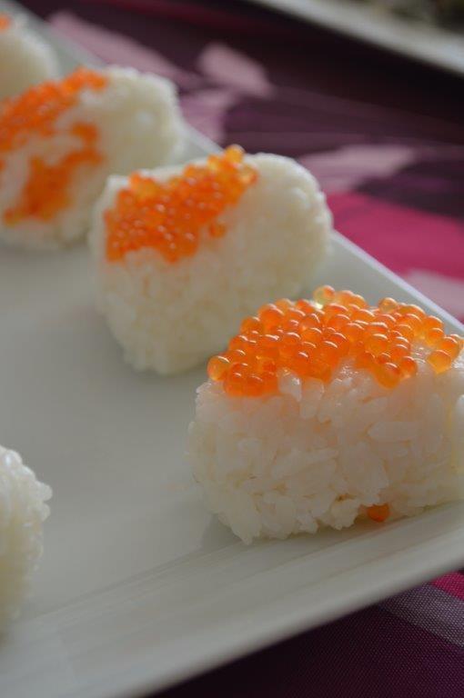 Quelques Onigiri aux oeufs de saumon ^^
