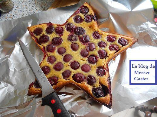 Voici le gâteau... dans mon moule en forme d'étoile.