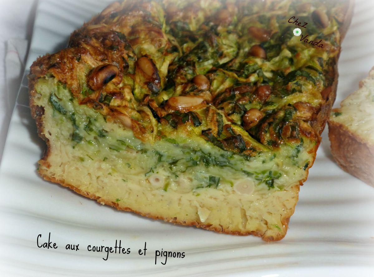 Cake aux courgettes et pignons