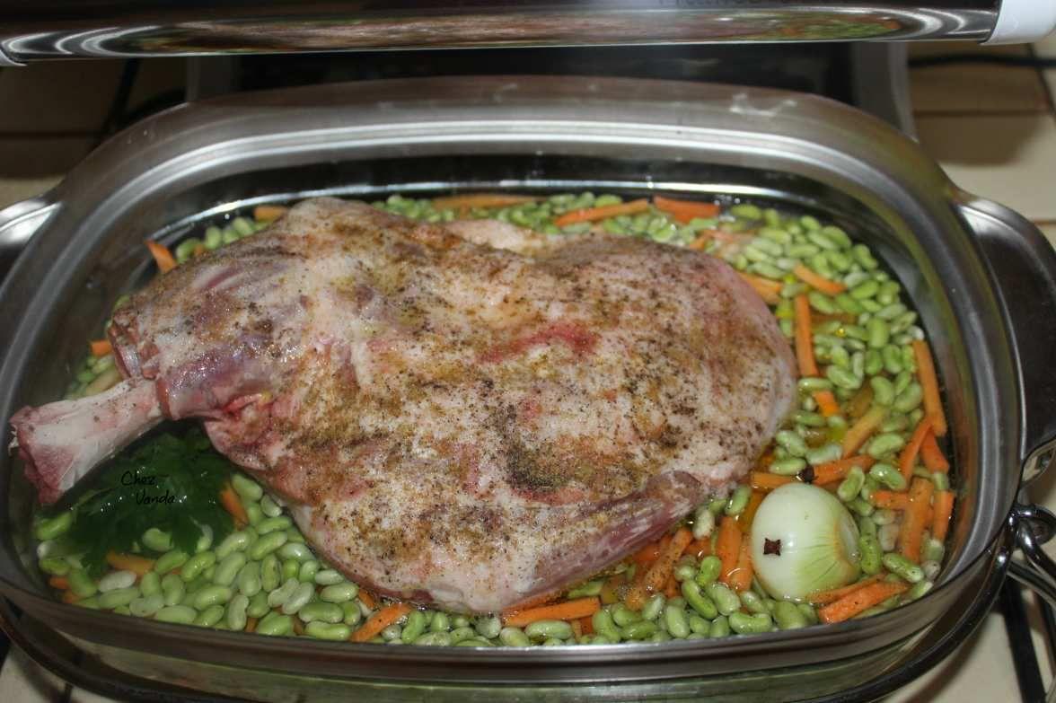 Épaule d'agneau aux flageolets carottes