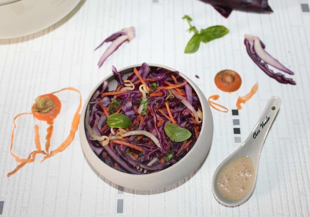 Salade chou rouge et carottes à la sauce coco