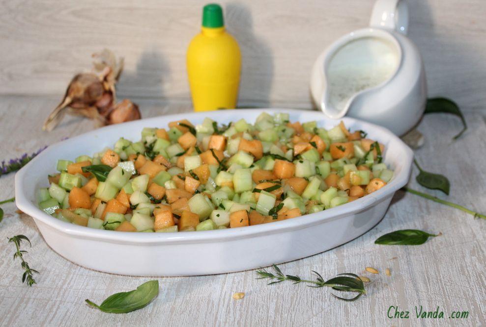 Tartare de melon et concombre aux fines herbes