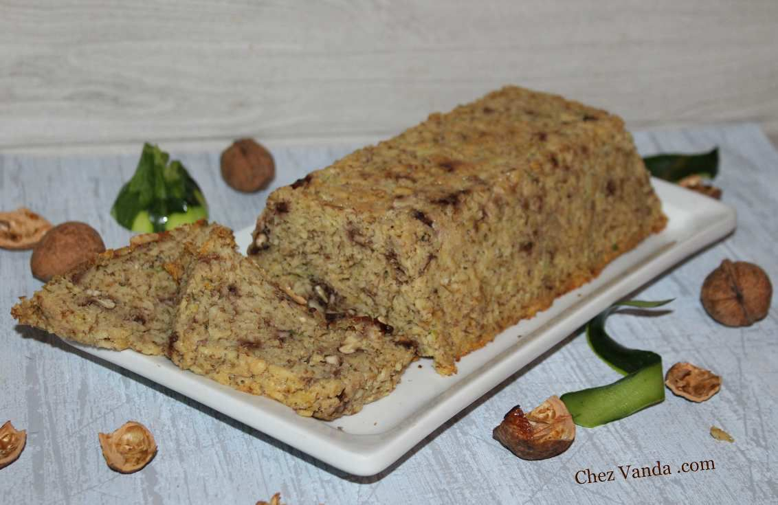 cake-aux-flocons-d-avoine-noix-et-mon-ingredient-mystere.