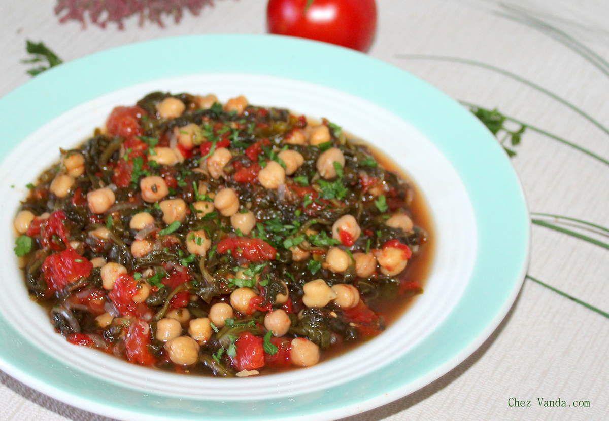 Mijoté de tomates aux pois chiches et aux épinards