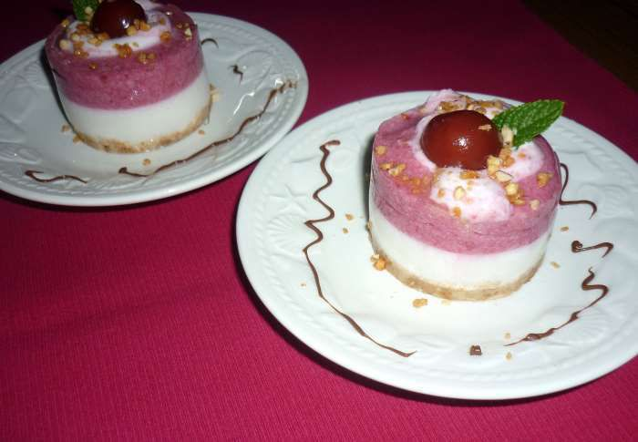 petits entremets cerises et yaourt recette ww