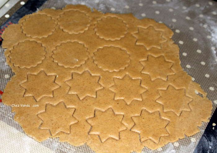 pate-decoupée-biscuits
