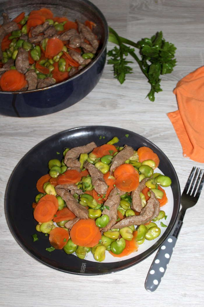 Escalopes de veau et ses fèves aux carottes .