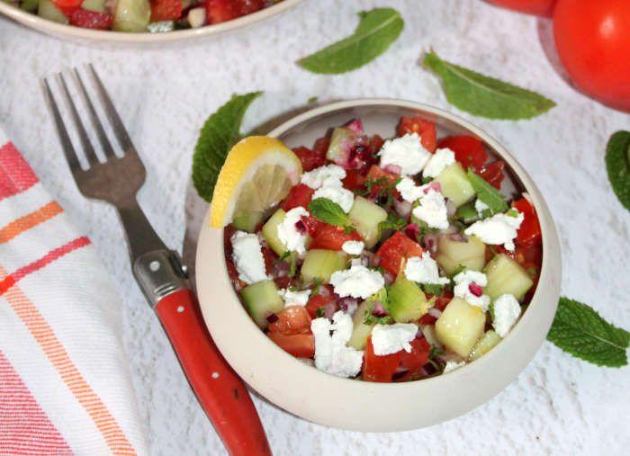 salade-concombre-tomate-chèvre-recette-ww
