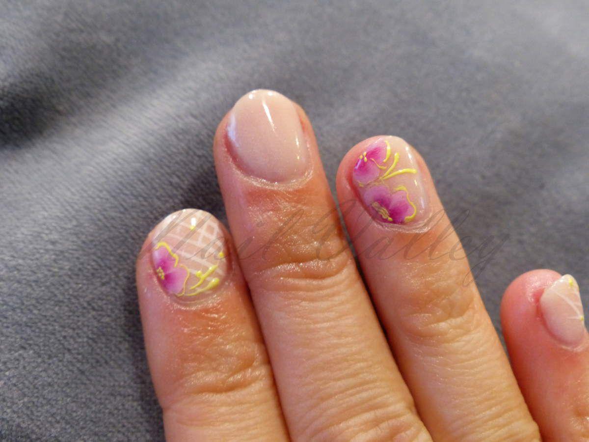 Nail art: Vive les fleurs