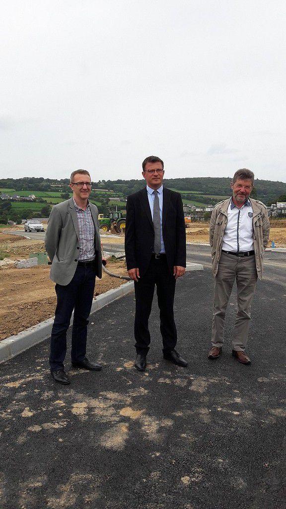 Benoît Arrivé au centre, Henri Destrès à droite et Sébastien Dufailly (Pôle Développement Economique) à gauche