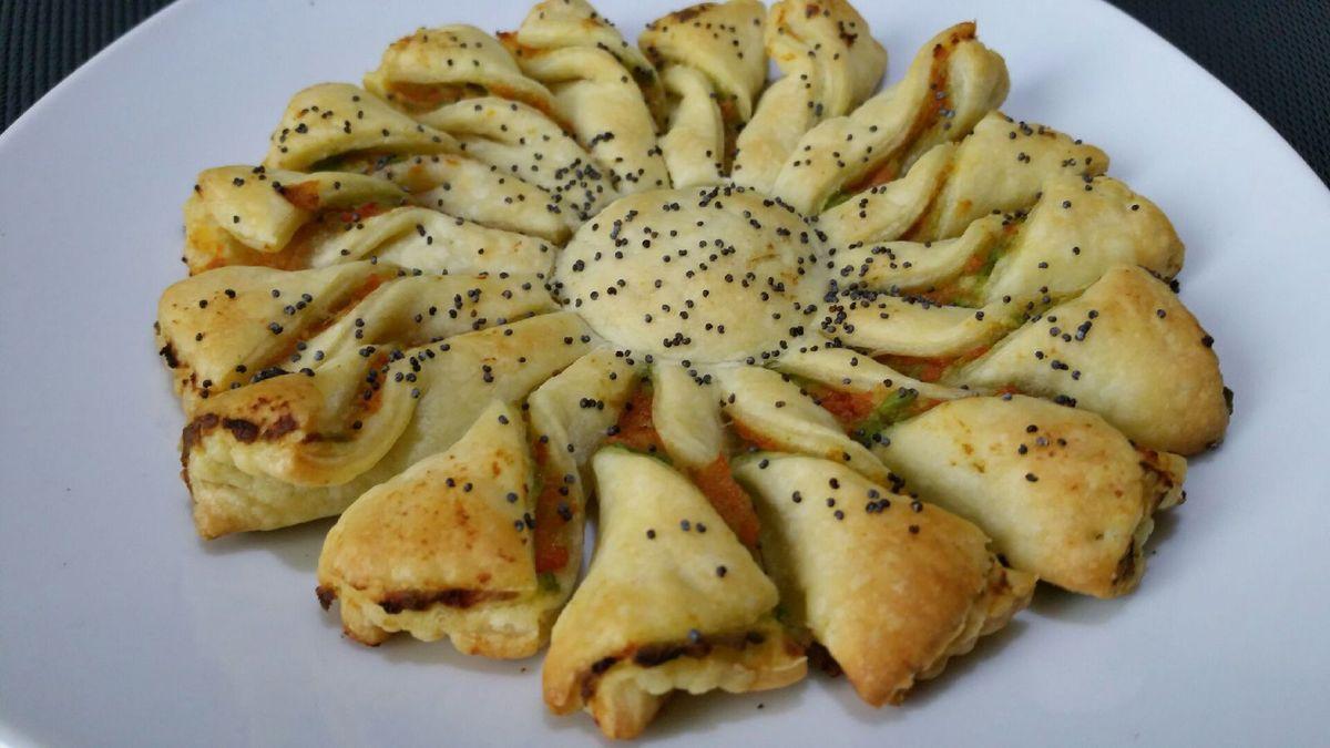 4 - Une fois bien dorées, sortir vos rosaces du four les placer sur une assiette de service et proposer votre plat accompagné d'un petit mélange de salades.