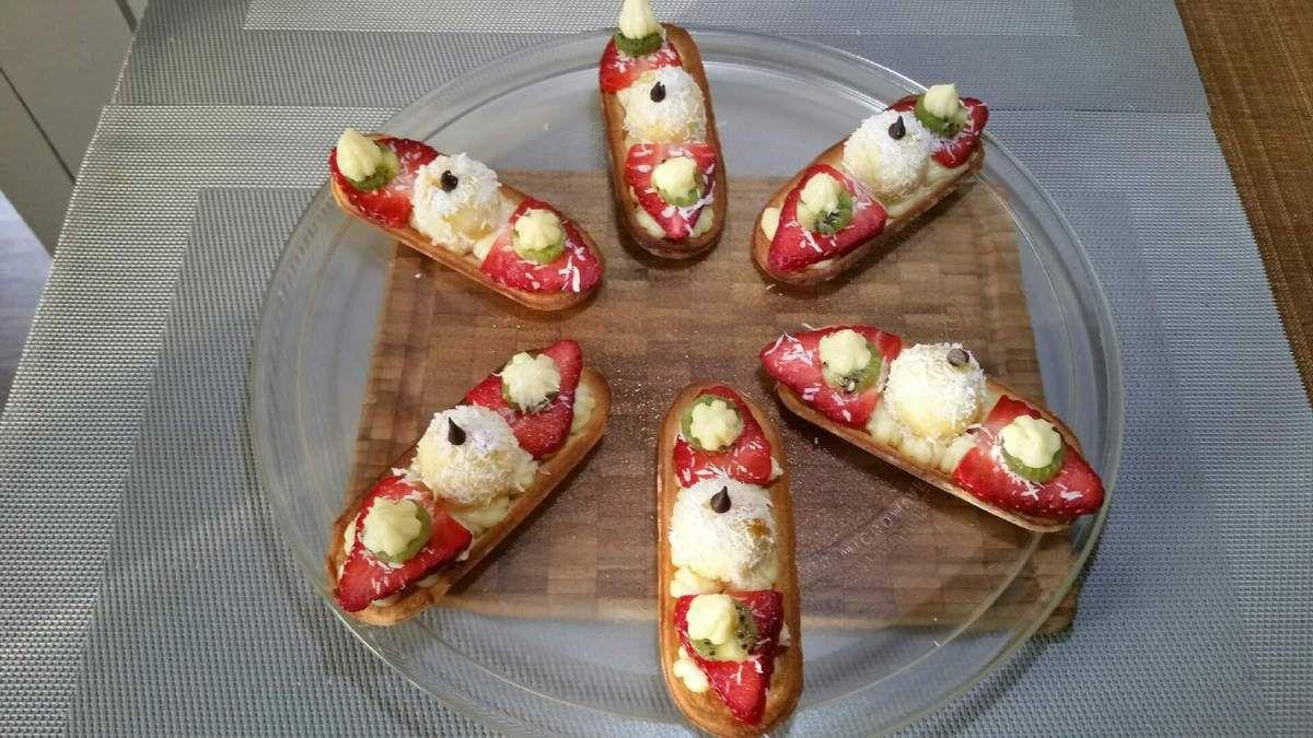 3 - Vos Coquéclairs sont prêtes pour la dégustation, les présenter sur une belle assiette à dessert.