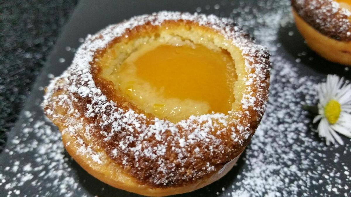 abricots en nids feuilletés à la crème de noisettes et zestes de citron