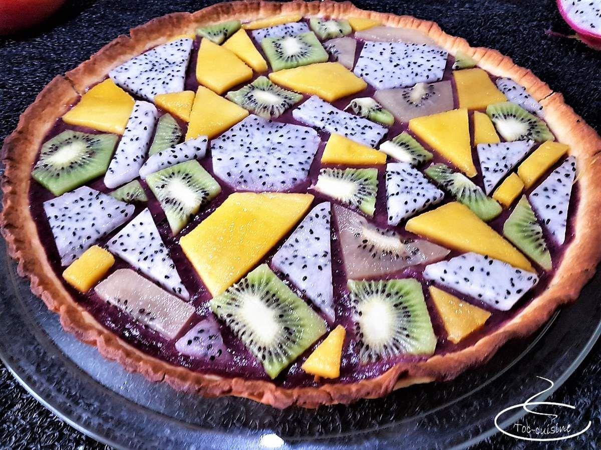 tarte vitrail aux fruits frais et myrtille curd