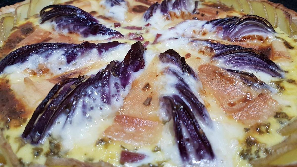 3 - Déguster votre tarte dès la sortie du four avec une salade.