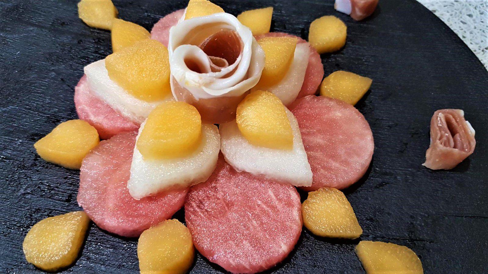 fleur de melons, pastèque et jambon rouge