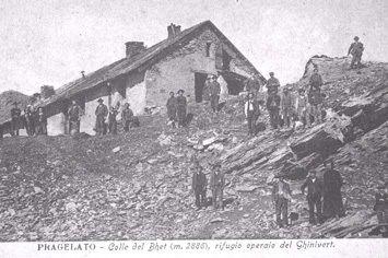 Mineurs au col de Pragela vers 1900