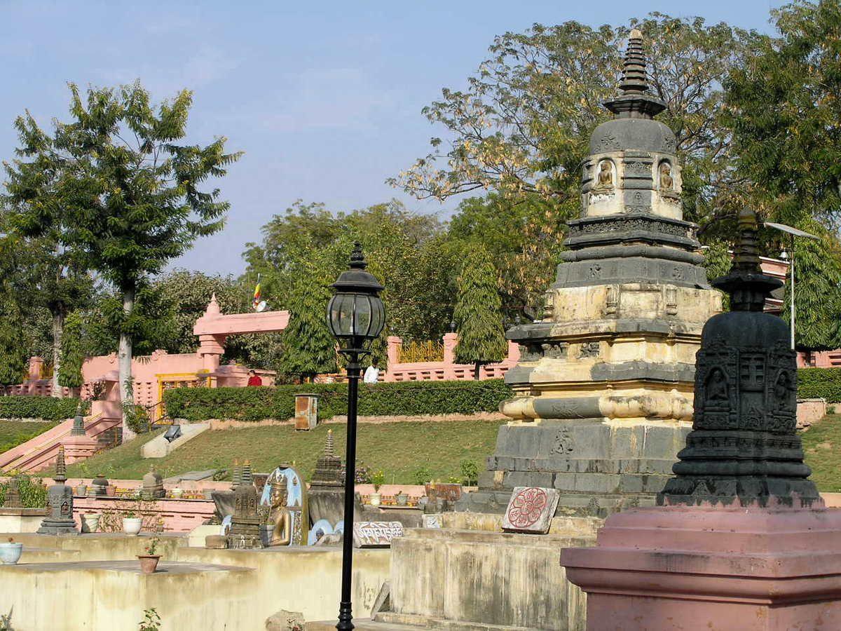 BODHGAYA  ( Vallée du Gange)