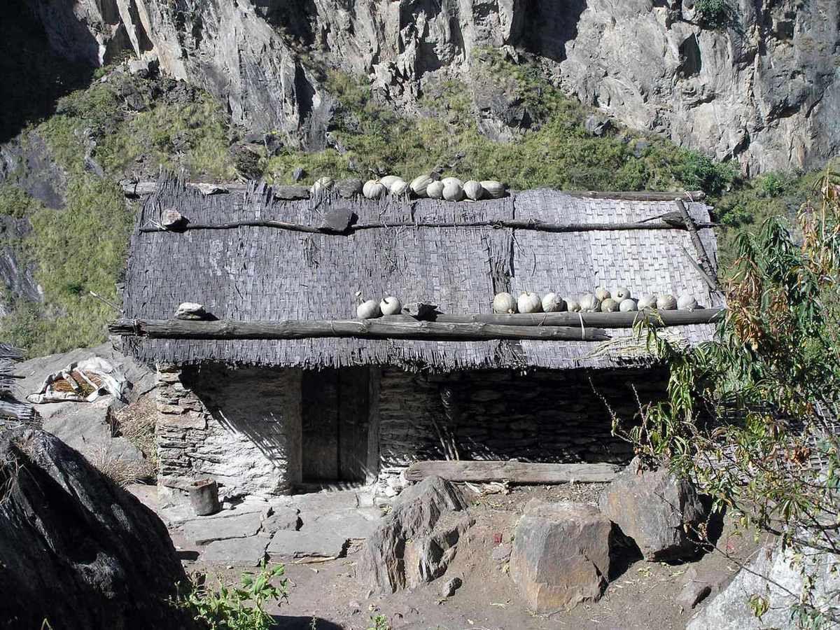 TREK DU MANASLU-NEPAL-15 ème Etape ( Dharapani - Chyamche)
