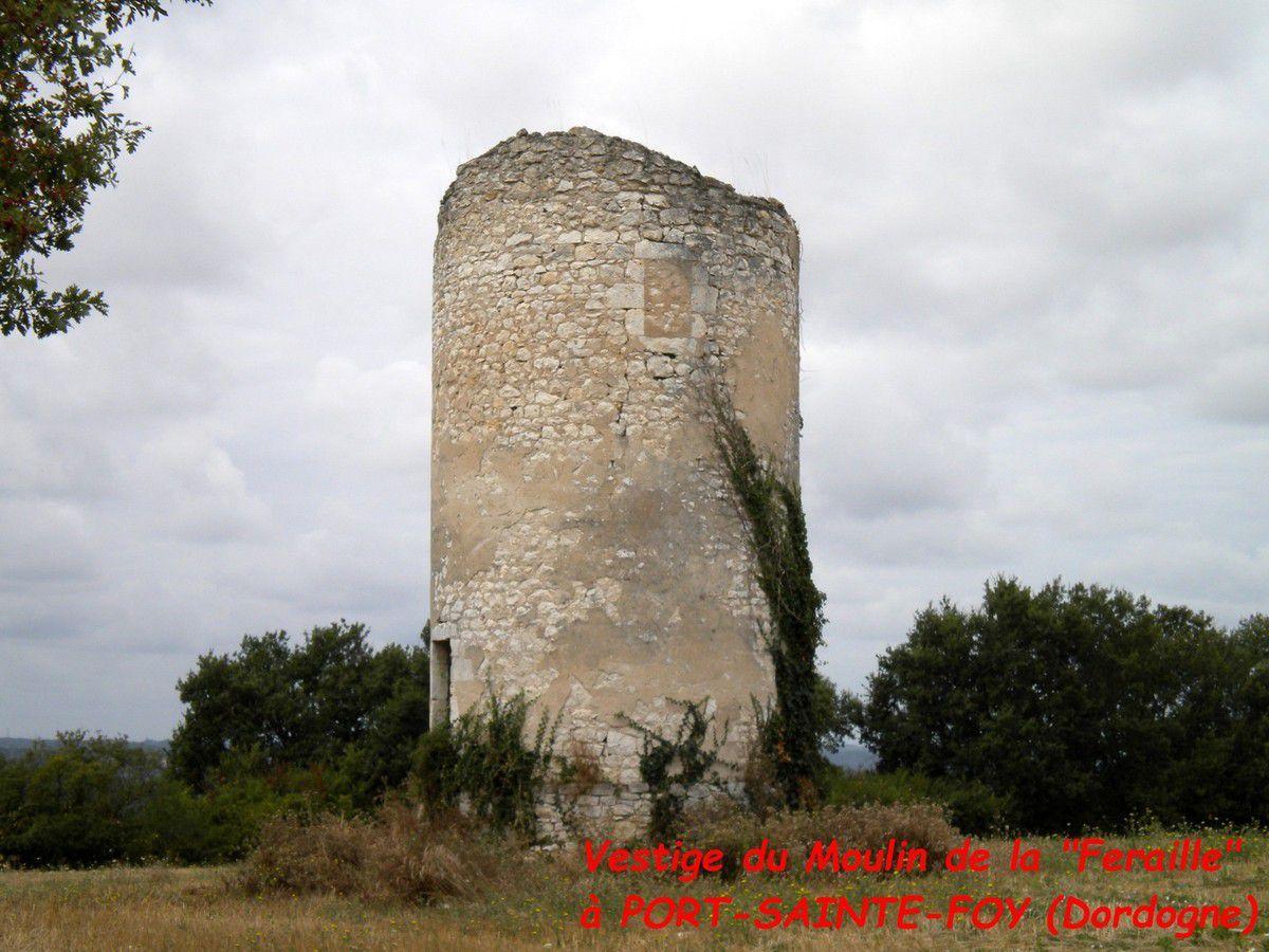 Moulins à vent en Dordogne